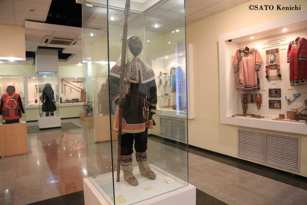 030 アルセーニエフ博物館の北方少数民族の展示(ウラジオストク)