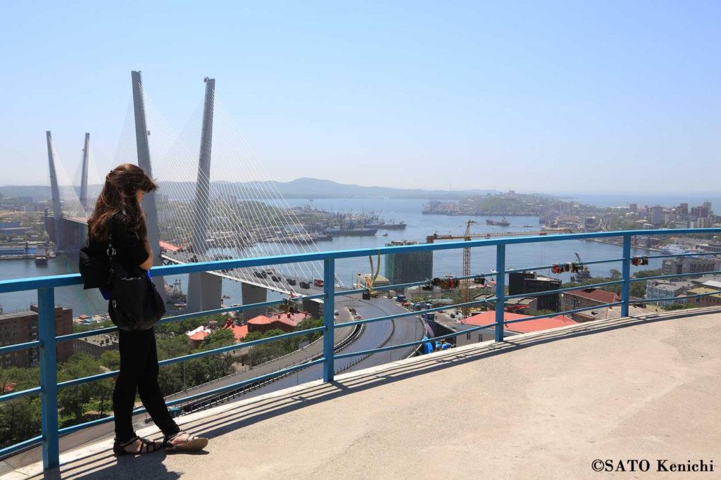 017 鷹の巣展望台からのウラジオストク港の眺め