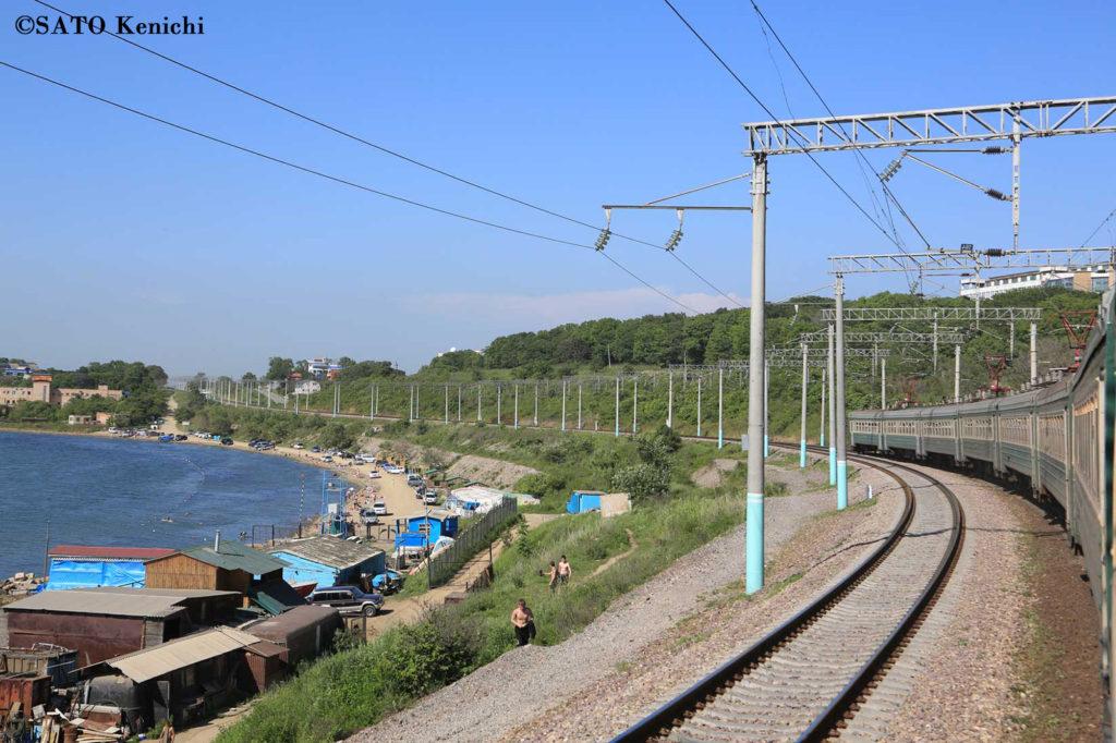 009 ウラジオストク駅からローカル電車で行く海水浴場