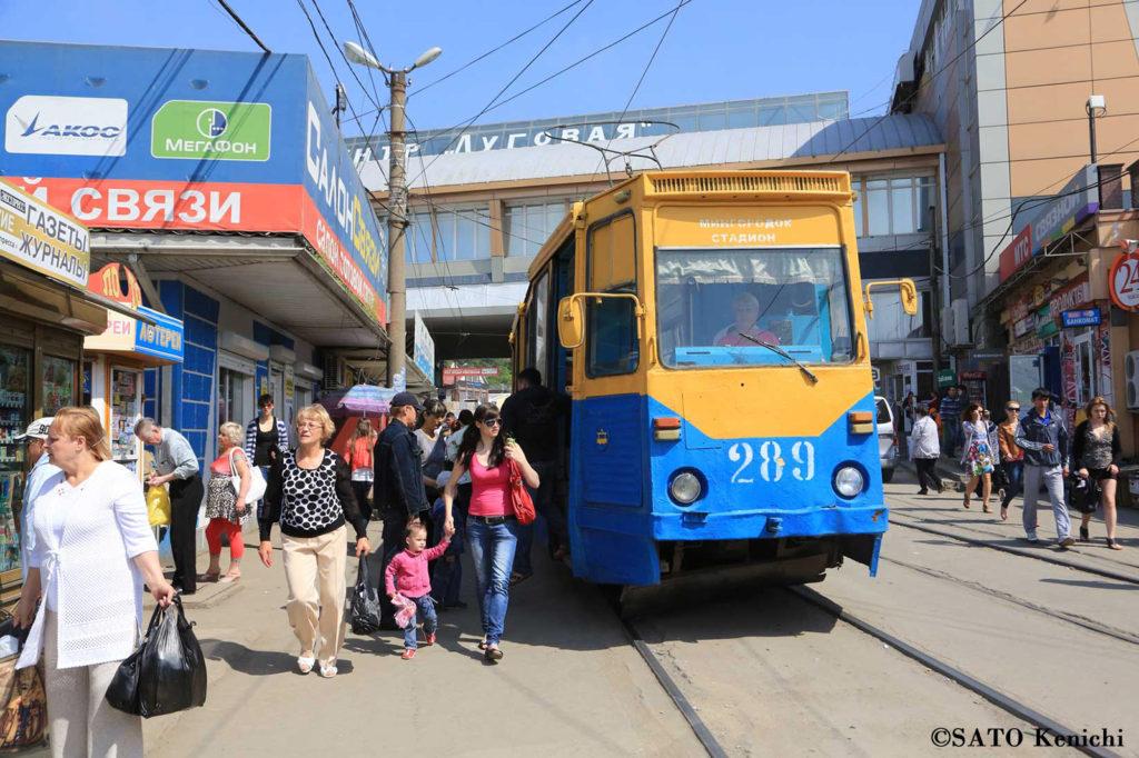 031 ウラジオストク市内を走る路面電車