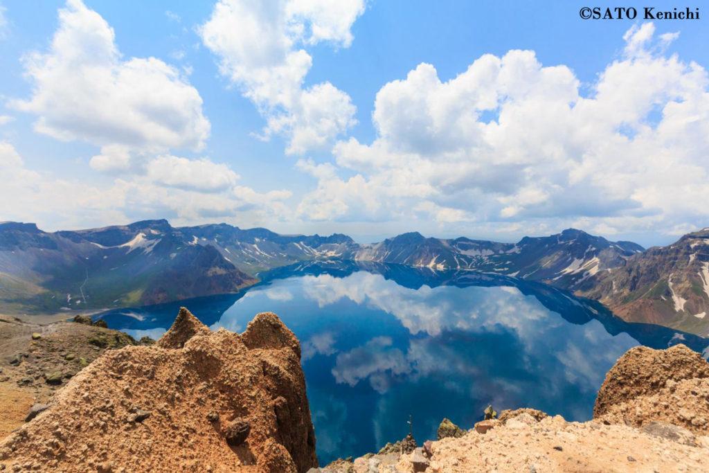 006 中朝国境にある長白山(白頭山)のカルデラ湖「天池」の絶景
