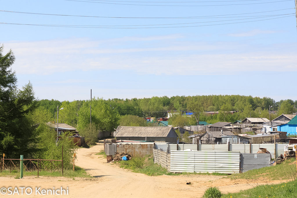 261  ノグリキの町はずれの光景